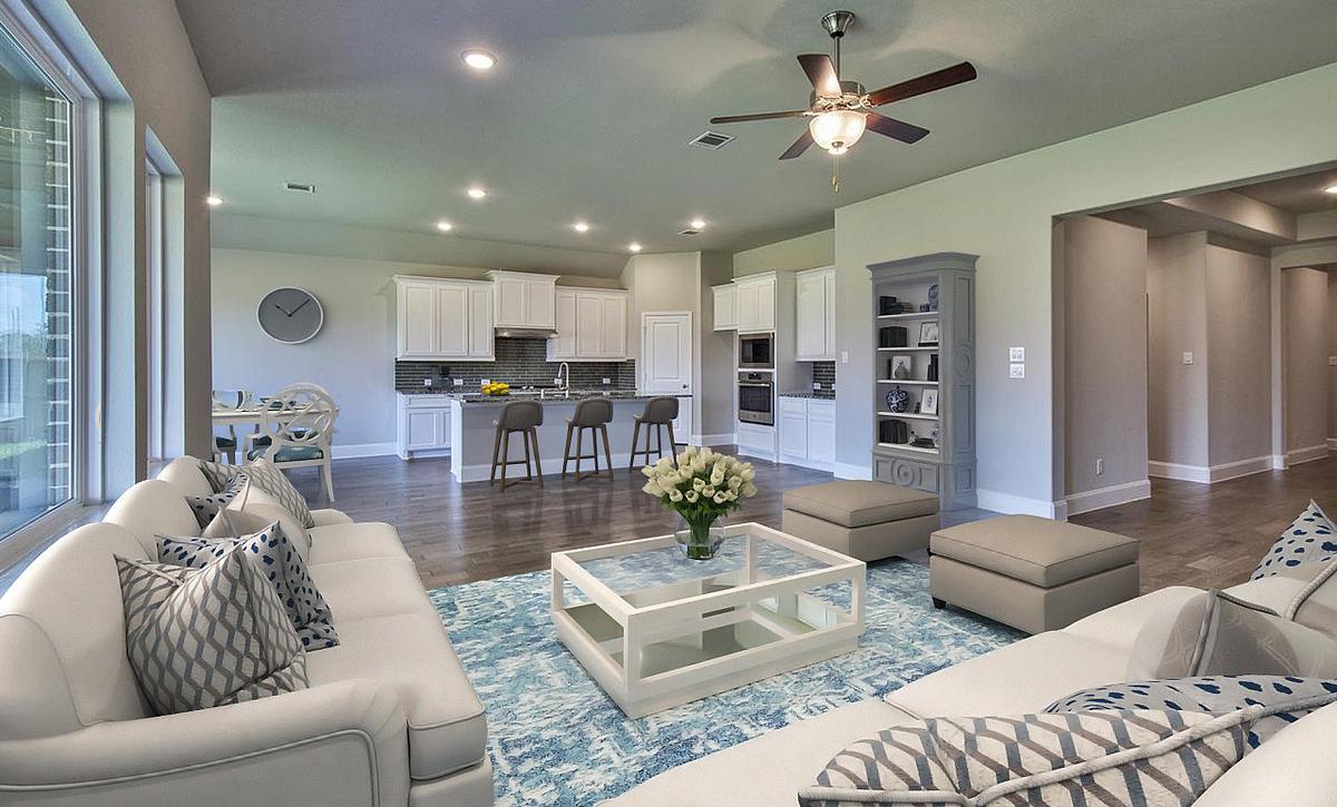 Plan 5019 Living - Kitchen