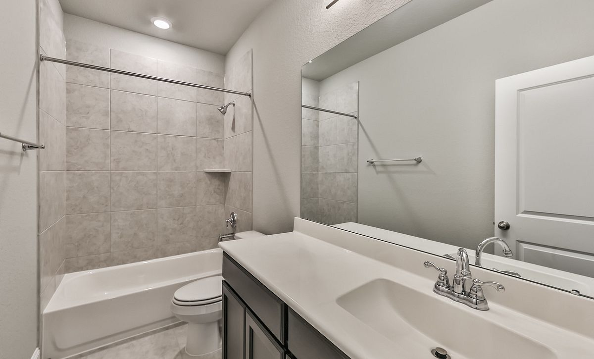 Plan 4029 Secondary Bath