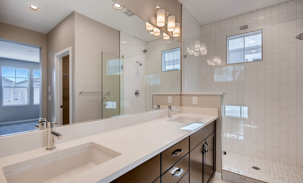Crescendo at Central Park Plan 2204 Master Bath