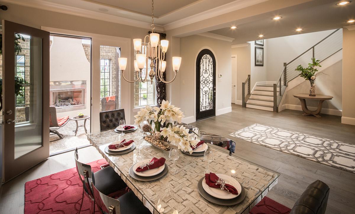 Plan 6040 Dining Room