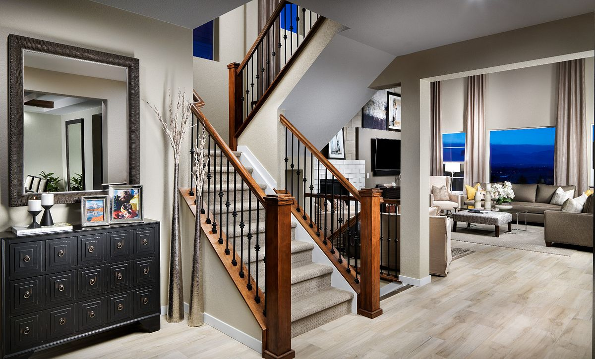 Colliers Hill Peakview Morning Star Foyer