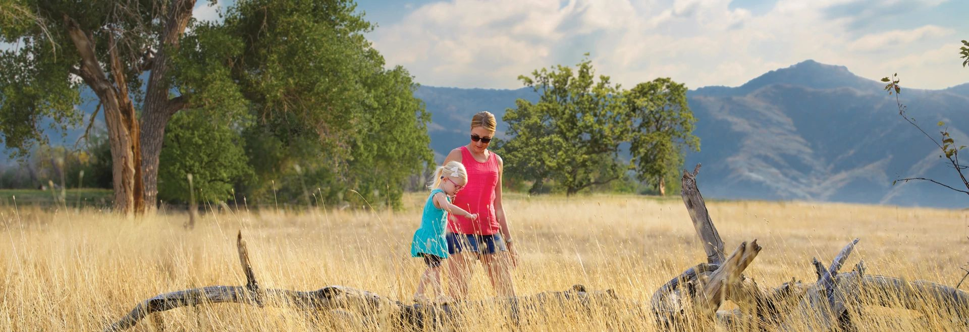 Solstice Summer Lifestyle Mother Child Log