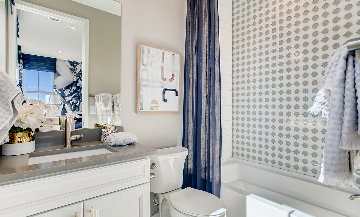 Canyons Luxe Hyde Bath 4