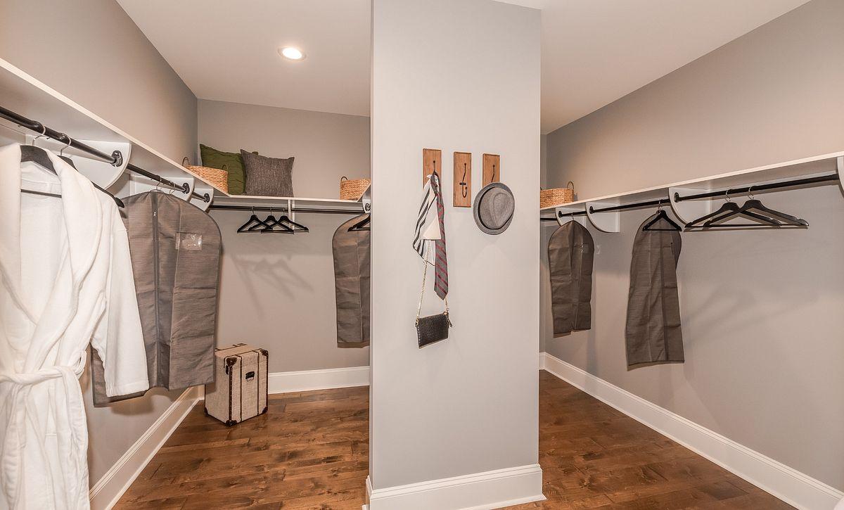 Bel Aire Owner's Closet
