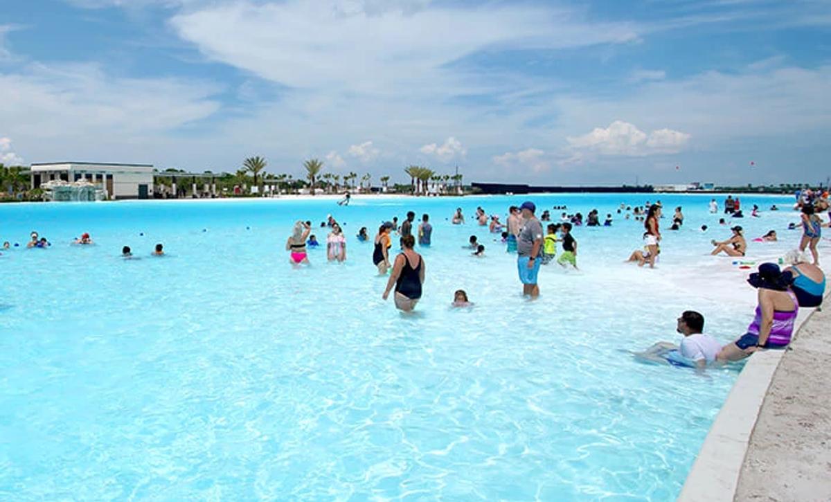 Sunterra 40' Crystal Lagoon