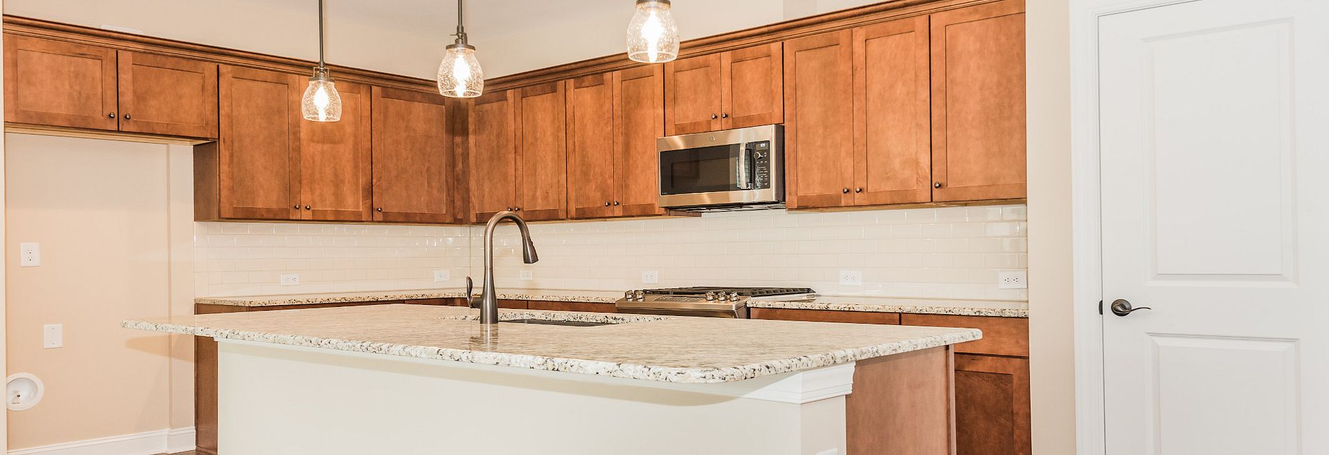 Trilogy Lake Norman Quick Move In Kitchen