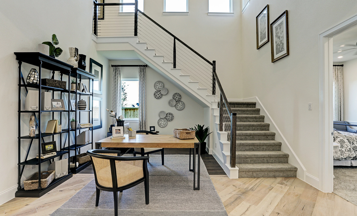 Del Bello Lakes Plan 6015 Staircase