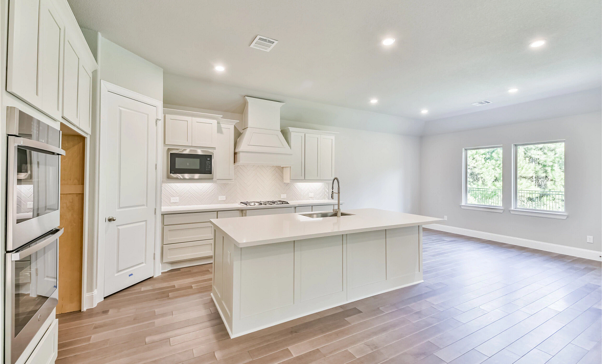 Harper's Preserve Plan 5019 Kitchen
