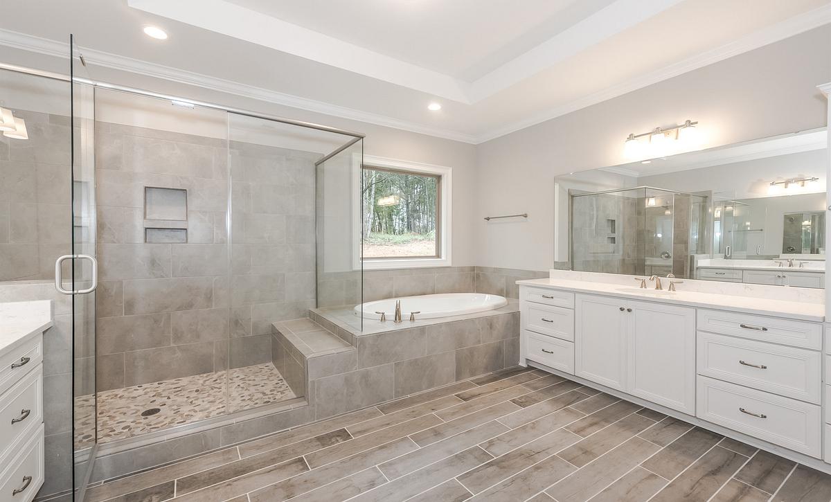 Sullivan plan Owner's Bath