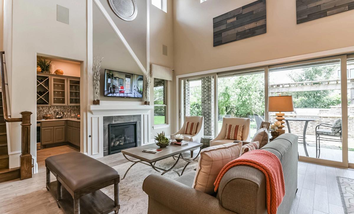 Del Bello Lakes 60 Plan 5050 Living Room
