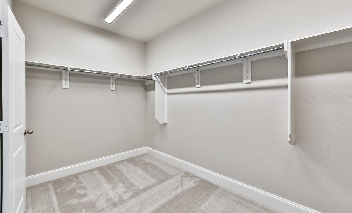 Plan 4069 Master Closet