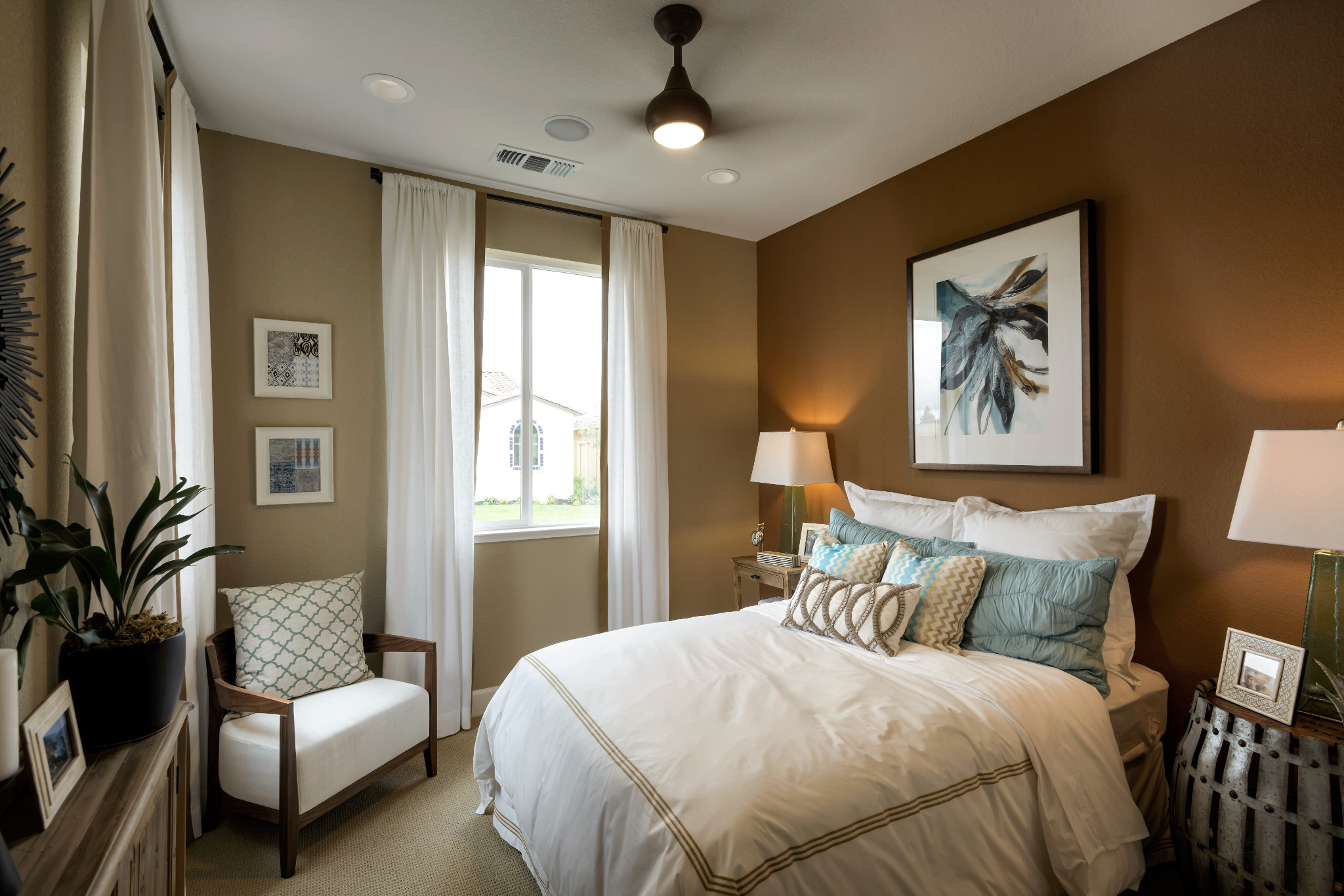 Trilogy Rio Vista Reflect Guest Bedroom