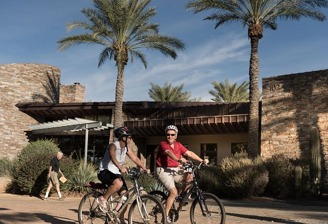 Trilogy Homeowners Biking at Kiva Club