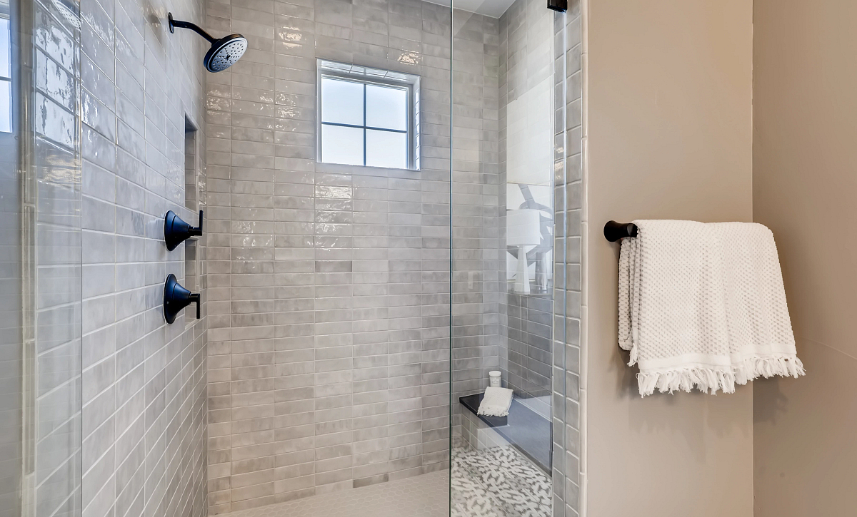 Canyons Reserve Legacy Master Shower