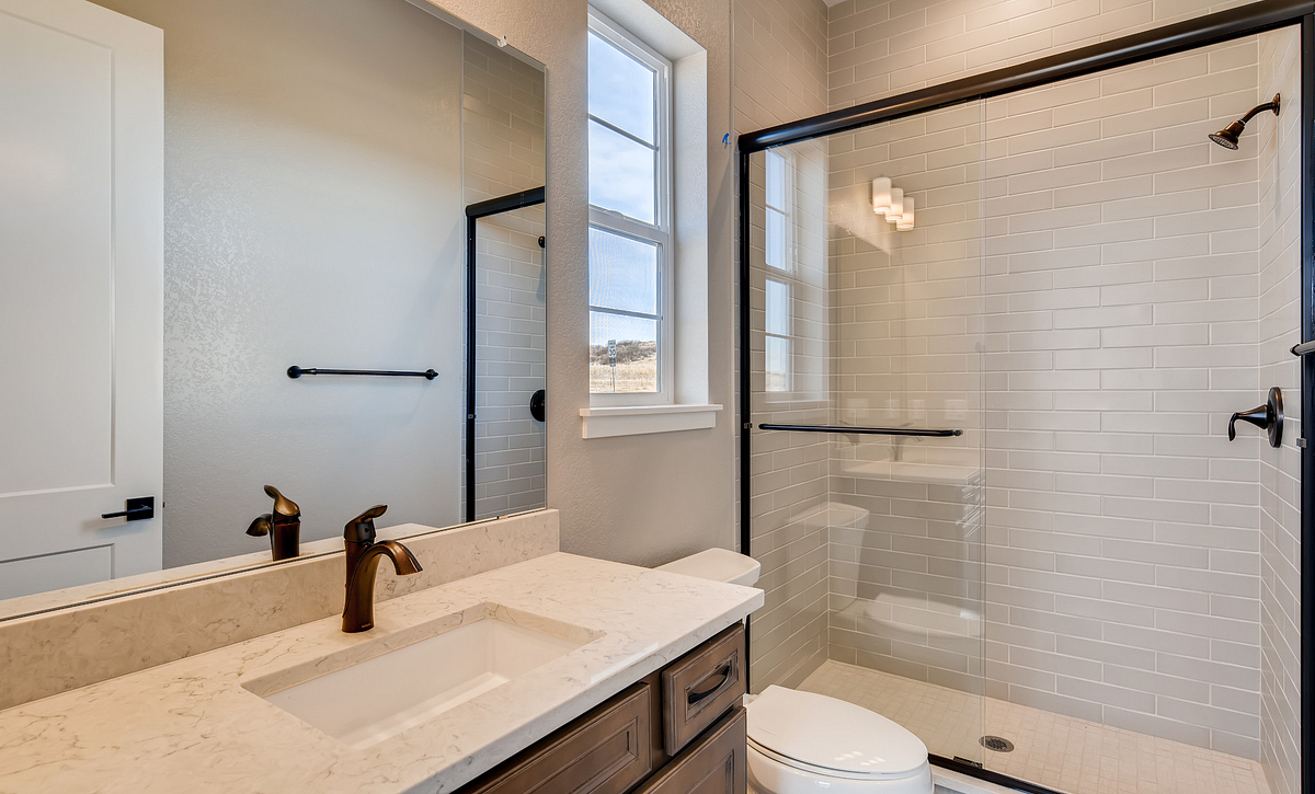 Canyons Luxe Belcourt Bath 3