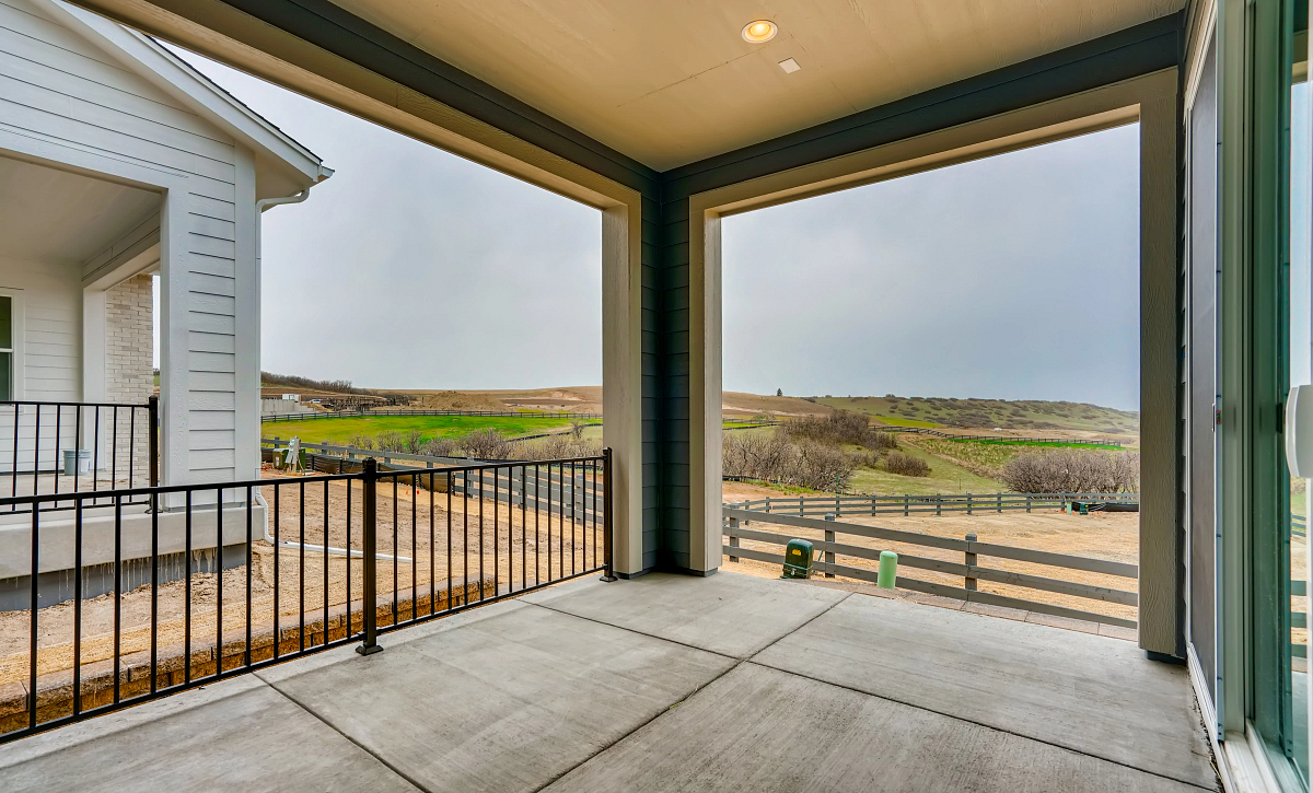 Canyons Retreat Haven QMI Lot 534 Covered Patio