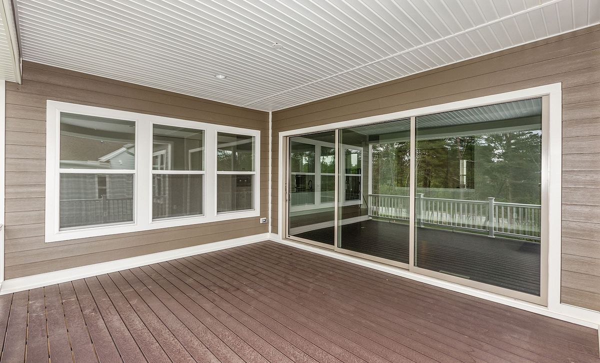 Trilogy at Lake Frederick QMI Hensley Covered Patio