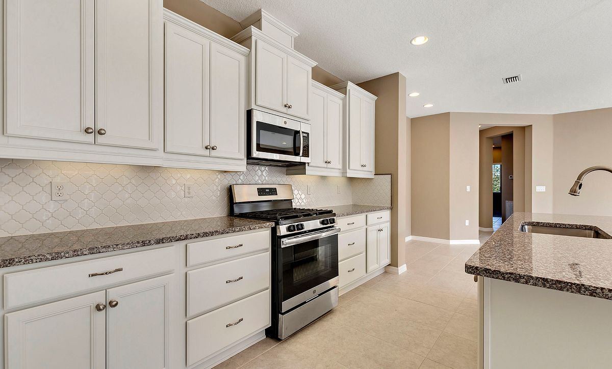 Trilogy Orlando Amalfi Plan Quick Move In Home Kitchen