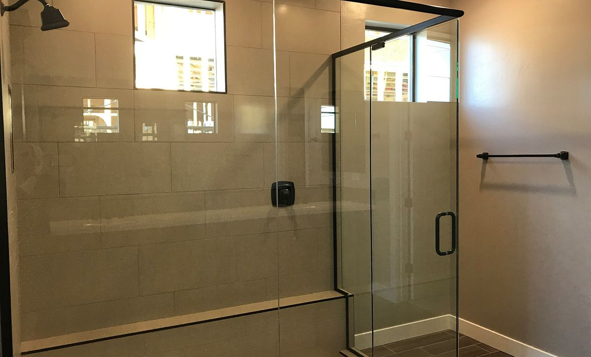 Emblem Homesite 21 Master Shower