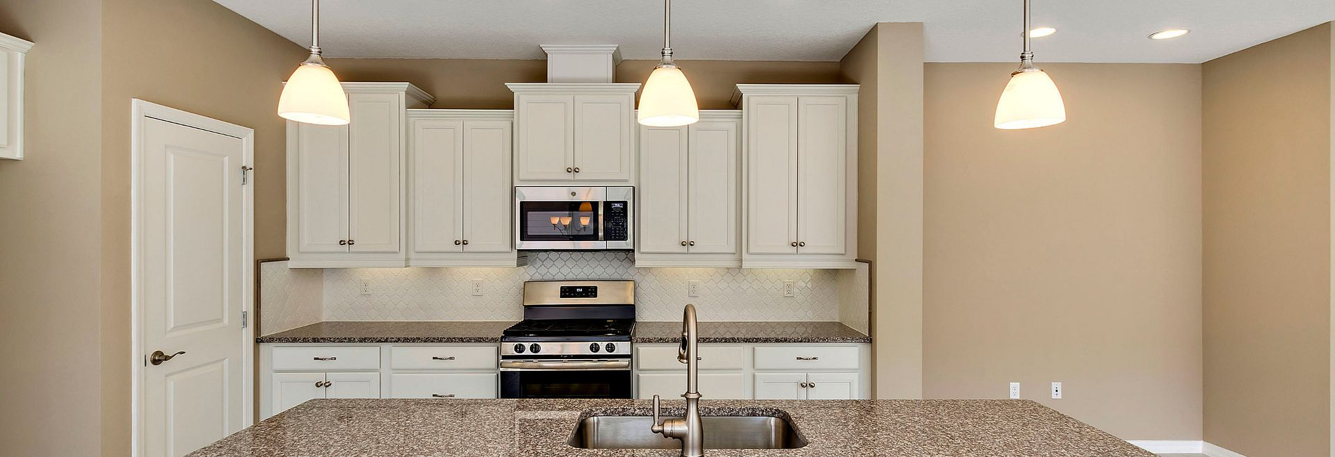 Trilogy Orlando Amalfi Plan Quick Move In Home Kitche