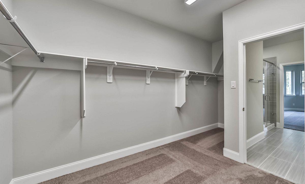 Plan 4019 Master Closet