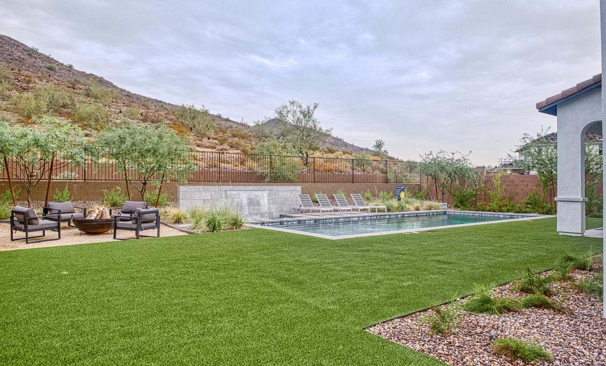 Plan 5016 Backyard