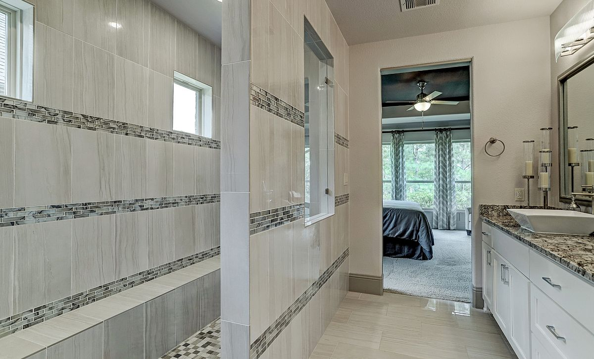 Plan 5030 Master Bath