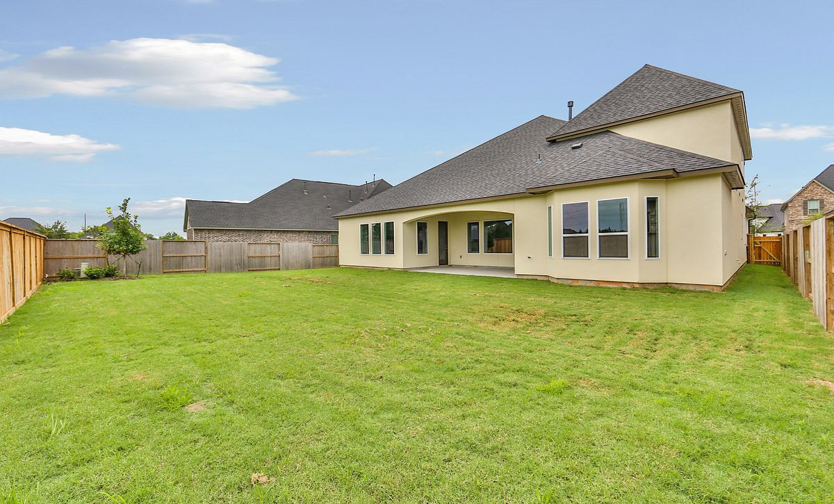 7019 Prairie Grass Plan 6050 Back Yard