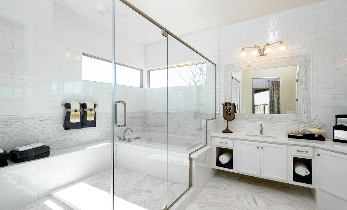 Brasada Model Master Bedroom