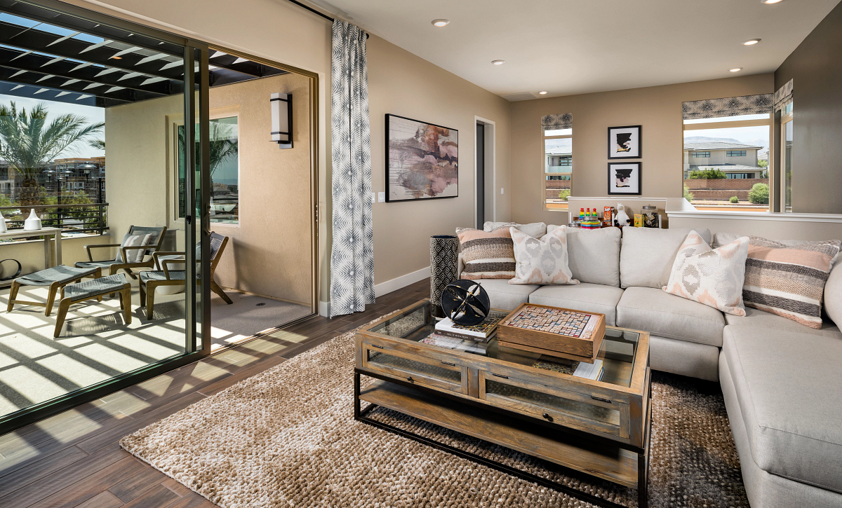 Trilogy Summerlin Luster Guest Suite