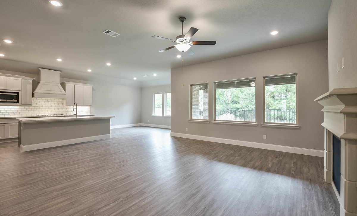 Del Bello Lakes Plan 5019 Living Area