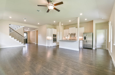 Plan 4049 Living - Kitchen