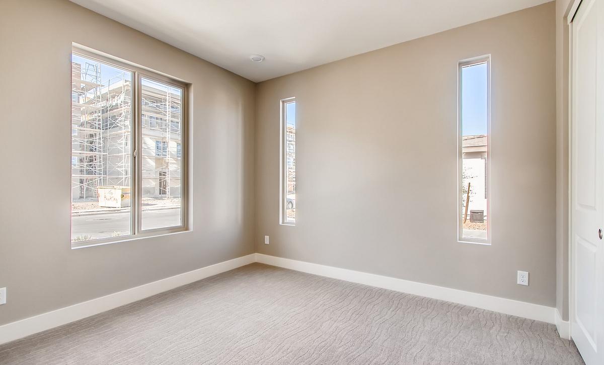 Trilogy Summerlin Retreat Guest Bedroom