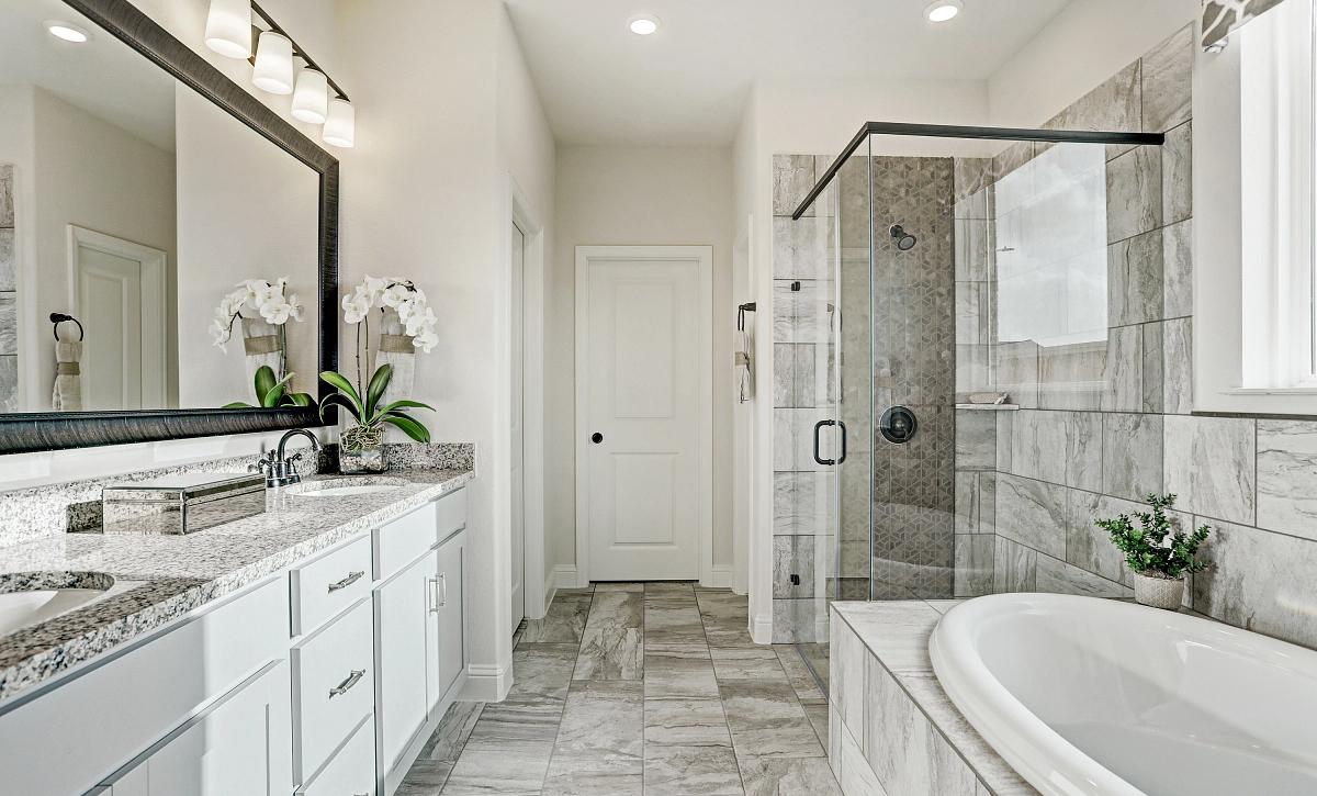 Meridiana 50 Plan 4069 Owner Bath