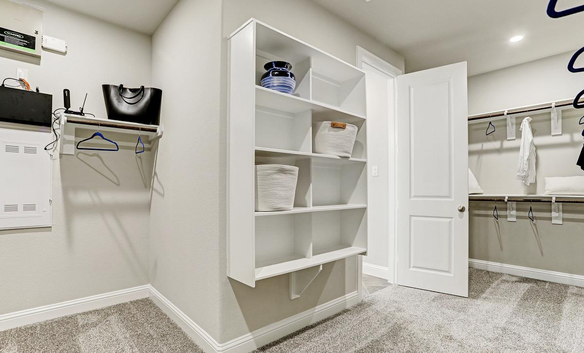 Sienna Plan 5029 Closet