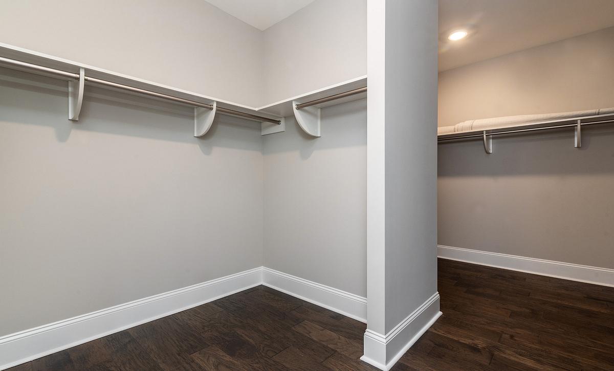 Magnolia plan Owner's Walk-in Closet