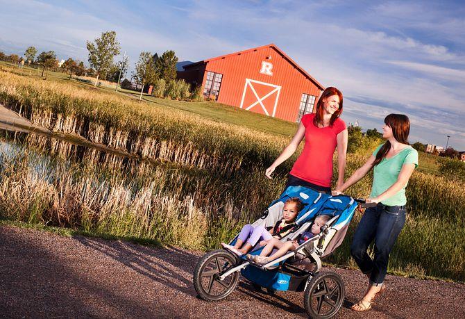 Reunion Community Moms Walking
