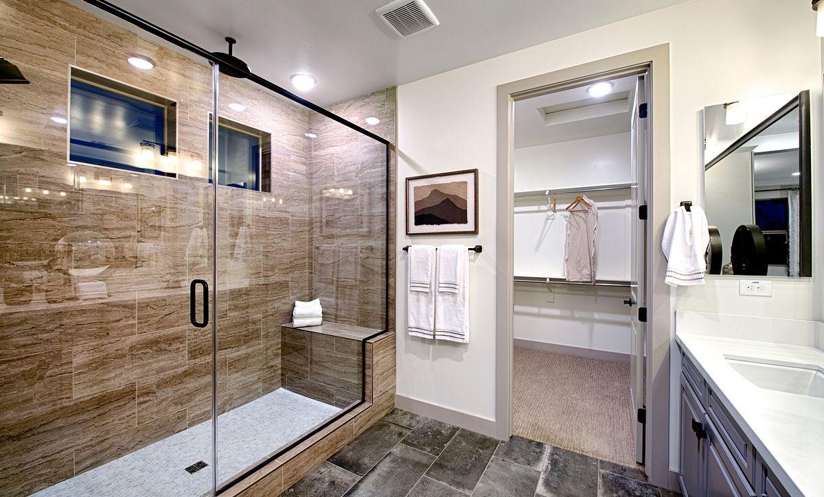 Plan 4013 Master Bath