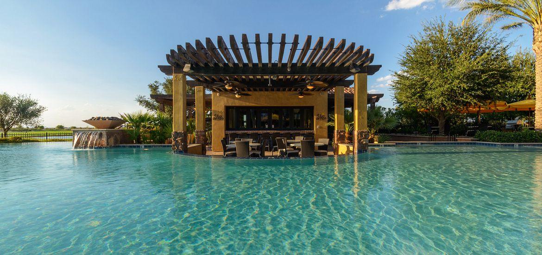 Swim Up Bar at Encanterra Country Club
