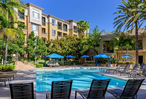 city lights apartments in aliso viejo pools