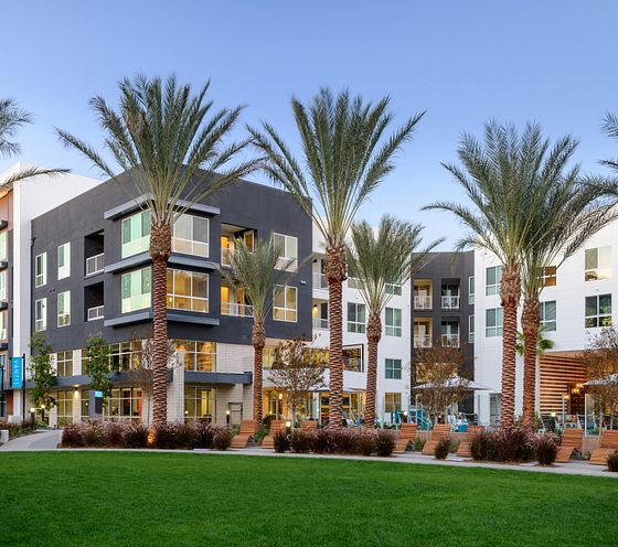 Vantis Apartments in Aliso Viejo, CA