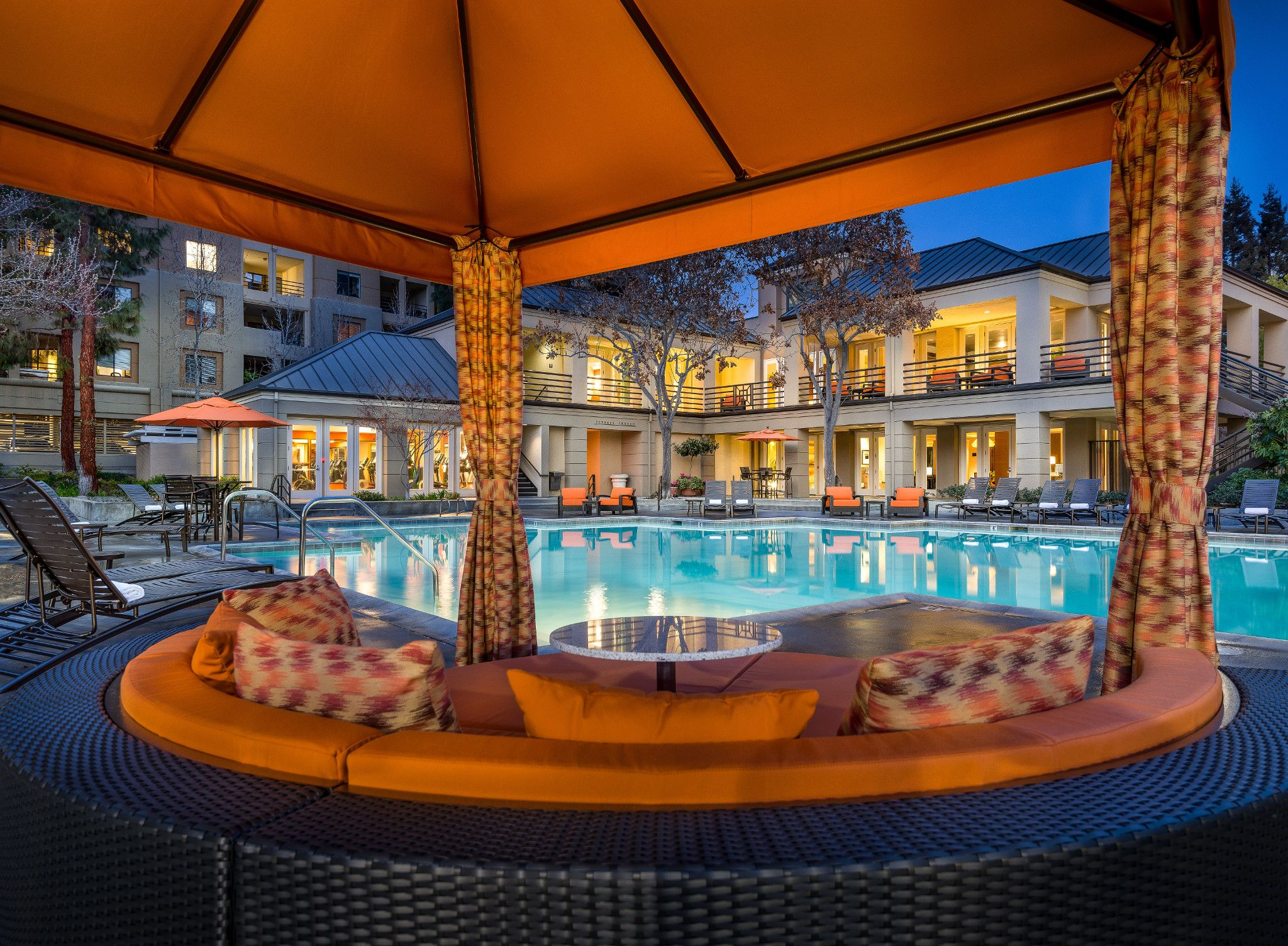 elan apartments san jose silicon valley amenity pool