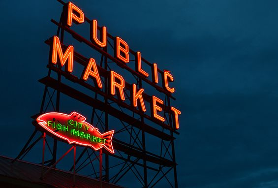 south lake union apartments attractions pike place public market