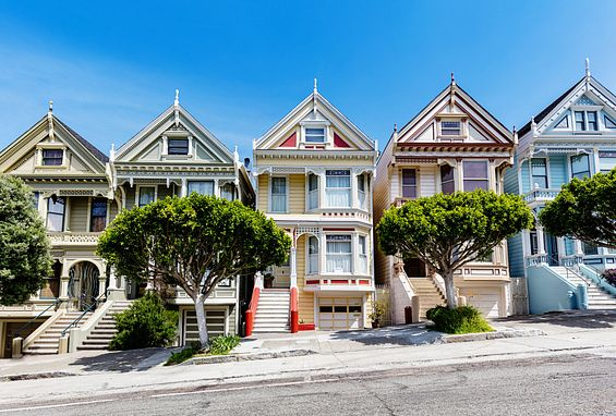 Northern California apartments location san francisco painted ladies