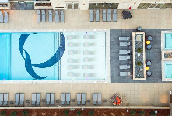 the quincy downtown denver apartments pool