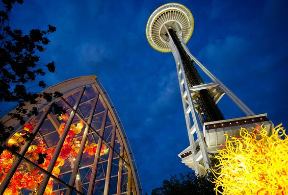 Seattle apartments attractions space needle