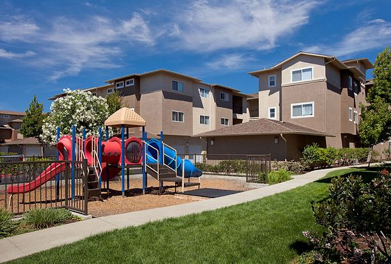 Park sierra at iron horse trail apartments dublin amenity tot lot playground