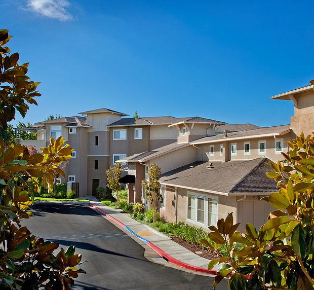 Park sierra at iron horse trail apartments dublin building exterior