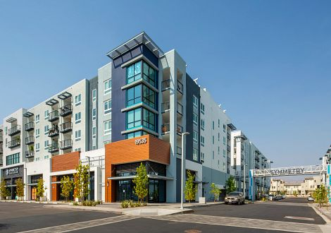 symmetry apartments northridge exterior