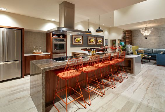 Resident Lounge at Vantis Apartments in Aliso Viejo, CA
